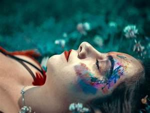 Peinture Visage Femme : femme peinture visage menstruations the vert et chocolat ~ Melissatoandfro.com Idées de Décoration