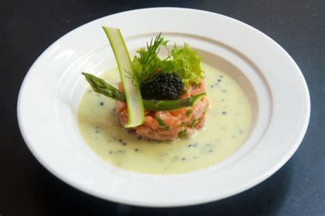 vichyssoise glac 233 e au caviar de hareng et tartare de