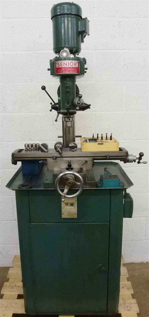 tom senior type  vertical milling machine