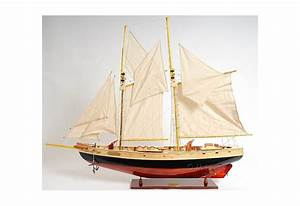 How To Read Nautical Charts Large Bluenose Schooner Scaled Model Ship