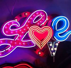 186 best ☪ NeoN SignS ☪ images on Pinterest | Neon ...