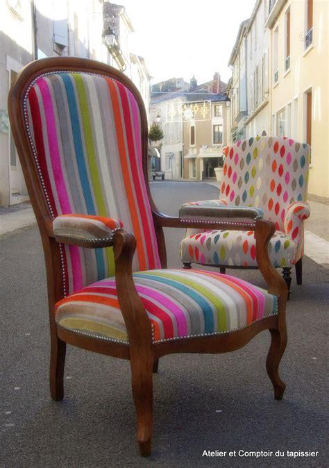 tapisser un fauteuil voltaire atelier et comptoir du tapissier fauteuil voltaire