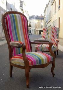 Fauteuil Style Voltaire : atelier et comptoir du tapissier fauteuil voltaire ~ Teatrodelosmanantiales.com Idées de Décoration