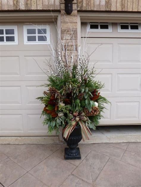 charming outdoor christmas urn decorating ideas  cs