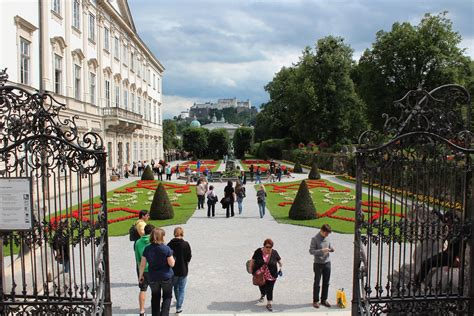 The perfect travel experience for lovers of the outdoors and history, this trip inspired by the sound of music brings the beauty of the alps and familiar views from the silver screen to life. sound of music tour salzburg - Inspiring Travel PA