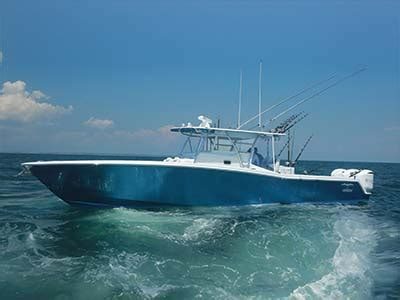 Invincible Boats History by Boat Motor Reviews Invincible 42 Center Cabin The