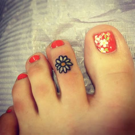 flower tattoos  fingers