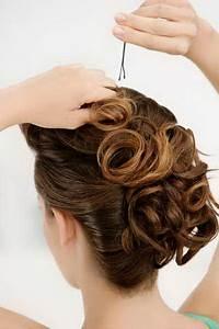 Kurze Haare Hochstecken Leicht Gemacht : hochsteckfrisuren leicht gemacht hochsteckfrisuren ~ Frokenaadalensverden.com Haus und Dekorationen