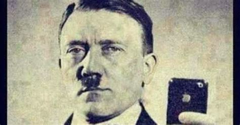 Funny Jokes 'n' Pictures : Hitler iPhone Photoshop Selfie