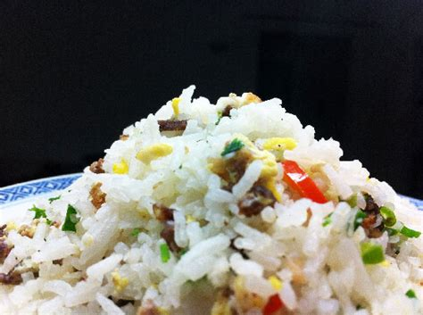 cuisiner le vrai riz frit chinois recette poulet riz frit au poulet recette chinoise