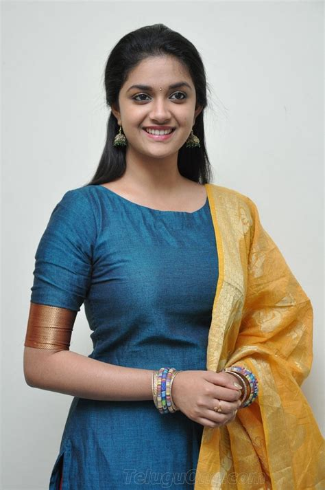 keerthi suresh wallpapers beautiful pix