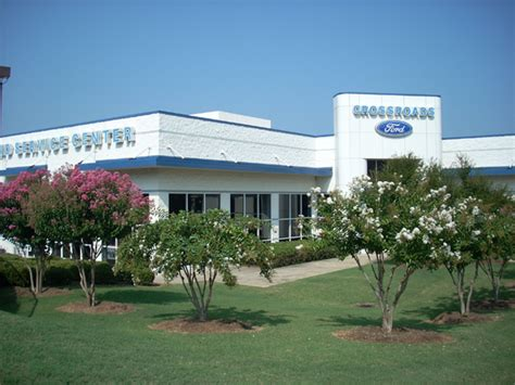 Crossroads ford colonial heights