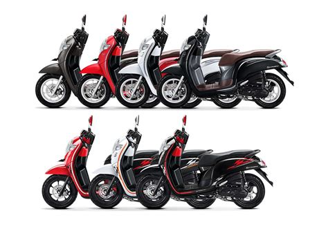 Modifikasi Scoopy 2017 Hitam Putih by 7 Pilihan Warna Scoopy 2018 Dua Model Sporty Dan Stylish