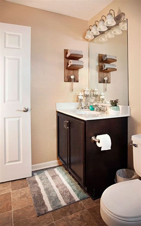 easy small bathroom design ideas 3 easy diy projects for a small bathroom upgrade