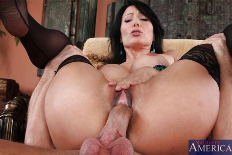 Zoey Holloway Gets Some Younger Cock