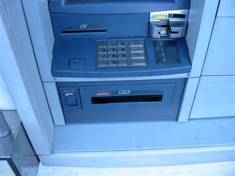 File:Diebold - Opteva 562 - Banco Internacional - OutSide ...