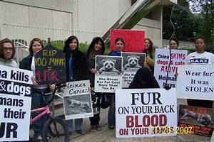 HART (Houston Animal Rights Team) Protest for 'Fur Free ...