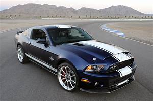 2017 Ford Mustang Shelby GT500 black color design front ...