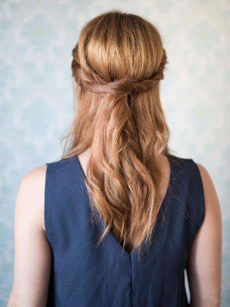 coiffure cheveu mi long attache