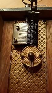 Antike Stühle Um 1900 : antike spieluhr polyphon um 1900 ~ Markanthonyermac.com Haus und Dekorationen