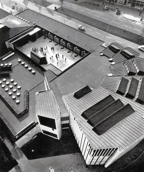 cultural centre wolfsburg de 1959 alvar aalto great buildings alvar aalto