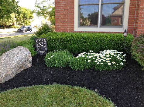 how to mulch flower beds okie a la mode before after
