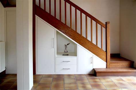 placard sous escalier sur mesure nantes vannes lorient meuble sous escalier plessis