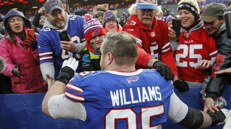 bills beat dolphins kyle williams final game