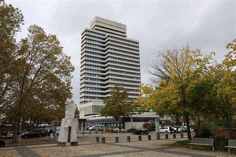 Hochschule kaiserslautern university of applied sciences schoenstraße 11 67659 kaiserslautern. Stadt Kaiserslautern in Corona-Alarmstufe: Eindringlicher ...