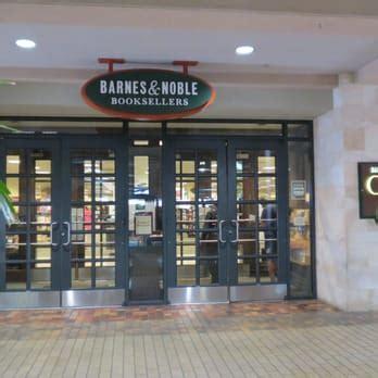 barnes and noble ala moana barnes noble 203 photos bookstores ala moana