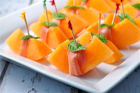 prosciutto  melon  mint  easy italian appetizer