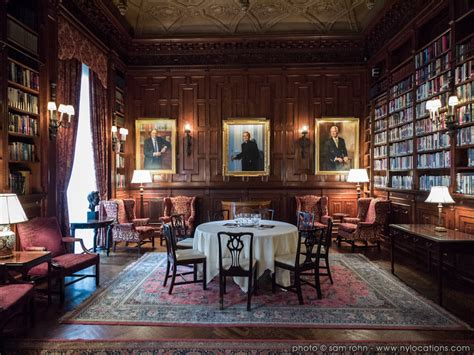 Private Library Or Men's Club