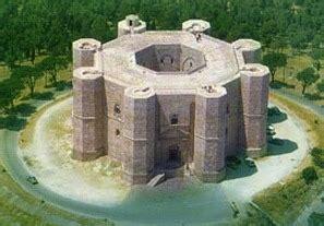 Castel Monte Interno by Mysterious Octagonal Castle In Puglia Castel Monte