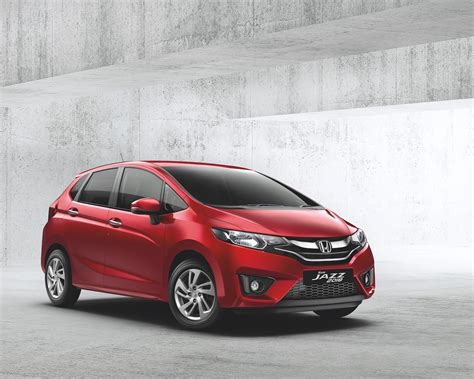 But remember that jazz fits so much more than just belongings. 2018 Honda Jazz Facelift Launched in India - CarSpiritPK