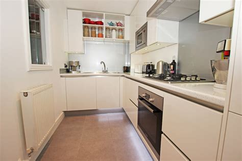 small  shaped kitchen modern kitchen london