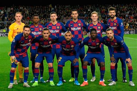 The fc barcelona is a club with many superlatives: Triple sacrificio del FC Barcelona en trueque aparatoso ...