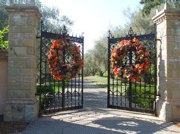 christmas driveways on pininterest 97 best images about drive this way entrance on gravel driveway columns and