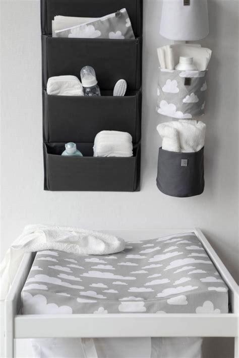decorer chambre bebe décorer la chambre de bébé zalinka pour organiser et