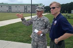 Governor McDonnell visits Fort Pickett and JBLE