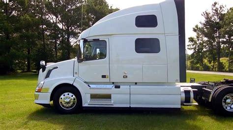 680 volvo truck image gallery 2013 volvo 780 truck