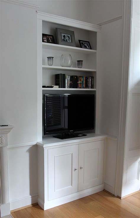 Diy Fitted Living Room Cupboards by Classic Style Fitted Alcove Bookcase With Cupboard Clean