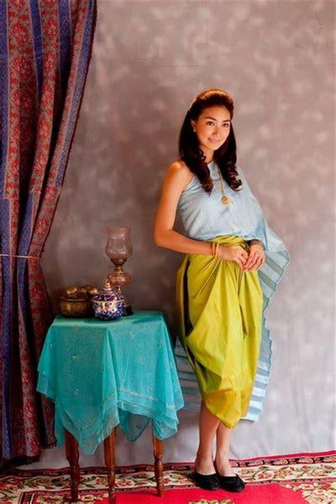 thai women  thai traditional dress thai style dress
