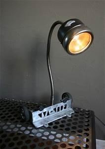 Lampe Chevet Industrielle : lampe design m tal recycl lampe industrielle ~ Teatrodelosmanantiales.com Idées de Décoration