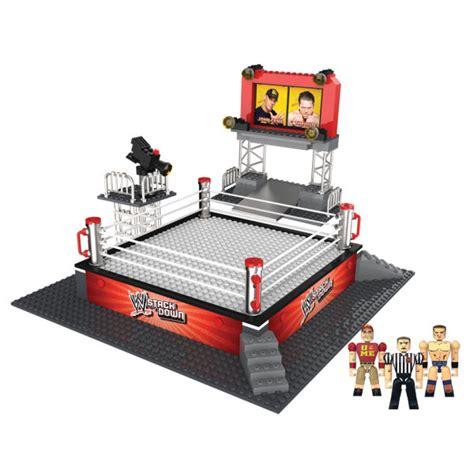 wwe smackdown battle brawlin figures  ring set