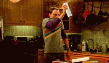 Sheldon Spray GIFs | Tenor