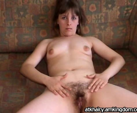 Mom With A Hairy Vagina Is Getting Naked And Starting To