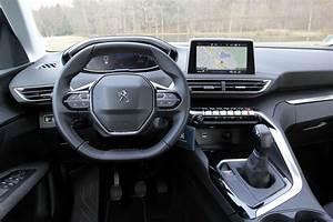 Peugeot 3008 Active Business Versions : essai peugeot 3008 1 6 bluehdi 100 une entr e de gamme diesel qui vaut le coup ~ Medecine-chirurgie-esthetiques.com Avis de Voitures