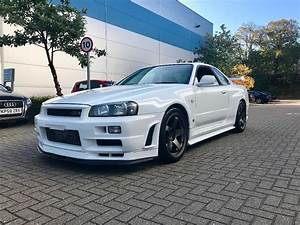 Nissan Skyline R34 : used nissan skyline r34 gtr 2 6 twin turbo for sale in herts pistonheads ~ Maxctalentgroup.com Avis de Voitures