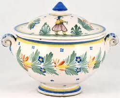 Quimper Gravy Boat by 63 Best Soup Tureens And Gravy Boats Images On