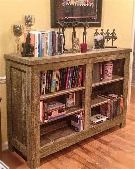 bookshelf out of pallets diy pallet bookcase shelves 101 pallets